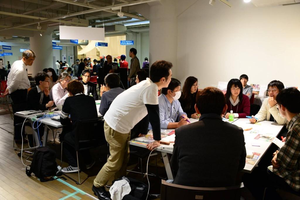 2014年11月28日・29日神戸ITフェスティバル2014に出展し、当法人のブースを構えました。